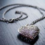 Jak domowym sposobem wyczyścić srebro